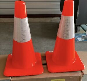 3M 18 in. Orange Reflective Traffic Safety Cone NEW - Lot of 2**