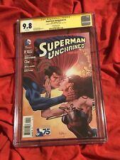 CGC SS 9.8~SUPERMAN UNCHAINED #2~WONDER WOMAN KISS~SIGNED GAL GADOT+HENRY CAVILL