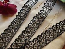 fine  dentelle ancienne vintage en nylon noire 2 mètres 70 sur 2,2 cm