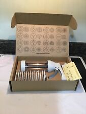 Pampered Chef Cookie Press  & 16 Discs 1525 In Box & Booklet