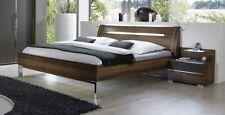 Möbel aus Walnuss fürs Schlafzimmer