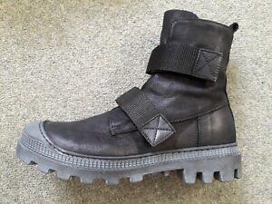 LOFINA CHUNKY BLACK LEATHER SHORT RUBBER SOLE BOOTS - EU37.5 UK4.5