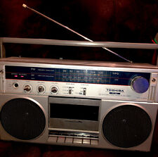 TOSHIBA RT-80S STEREO RADIO CASSETTE RECORD (GUC) ONLY THING MISSING IS A BBQ