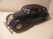 Voiture miniature Resine TEK-HOBY Made in PORTUGAL 1/43 PEUGEOT 402 B Bleue