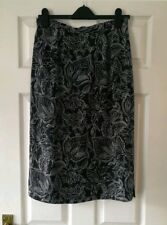 Black & Grey Floral Silky Satin Fully Lined Midi Pencil Skirt | Alexon | Size 14