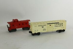 Lionel 2257 S.P. Southern Pacific Caboose & 6-9788 LV Lehigh Valley Box Car USA