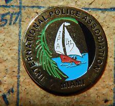 "MIAMI INTERNATIONAL POLICE  ASSOCIATION FLA IPA GOLDTONE 7/8"" METAL LAPEL PIN"