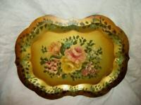 VINTAGE HP ROSES FLORALS EDGE TOLE TRAY GOLD VANITY CHIPPENDALE FRENCH FARMHOUSE
