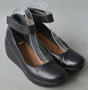 Ladies Clarks Artisan Black Leather Wedge Ankle Strap Shoes Size UK 5