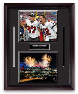 Tom Brady & Rob Gronkowski Unsigned Photo Framed to 16x20 Buccaneers Super Bowl