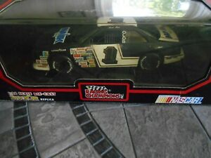 #1 Rick Mast Majik Market 1991 1/24 Racing Champions black box.