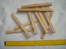 10 chevilles carrées 8 mm artisanales en buis  (réf bu 3)