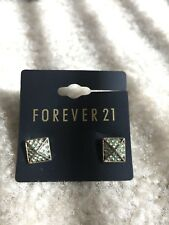 NEW Forever 21 Fashion Turqoise Rhinestones Crystal Party Pyramid Studs Earrings
