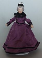 1/12TH Casa de Muñecas Victoriano abuela en púrpura vestido
