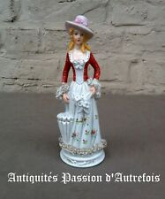 B20171050 - Figurine de 21 cm en porcelaine 1950-70 - TB état