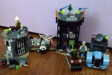 Lego Sets - Crazy Scientist & His Monster - Monster Fighters - #9466 Halloween