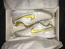 Nike R10 Lunar Legend 7 Elite IC Ronaldinho