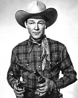 "ROY ROGERS SINGER & ACTOR ""KING OF THE COWBOYS"" - 8X10 PUBLICITY PHOTO (RT419)"