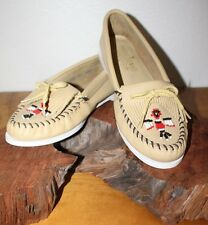 Minnetonka Moccasins Thunderbird Beaded Loafer Size 10 Tan Leather Excellent