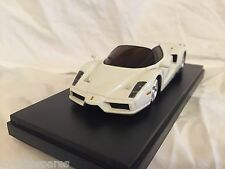 KYOSHO Dnano ASC MM, WHITE FERRARI ENZO, 1:43 DISPLAY MODEL, DNX501W