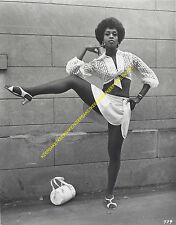 DANCER SINGER ACTRESS LOLA FALANA LEGGY UPSKIRT VIEW 8X10 PHOTO A-LFAL1