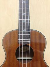 Leaf L200 All-Mahogany Tenor Ukulele,Gloss+10mm Padded (B)Gig Bag