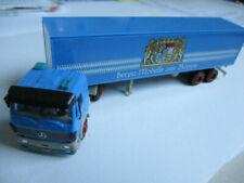 Semi-remorques miniatures bleus Mercedes