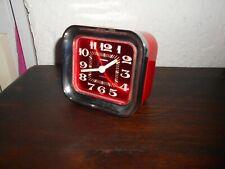 Ancien réveil vintage STAIGER rouge