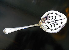 Excellent Rare Wm. Durgin 1880 to 1930 Sterling Pierced Tomato Spoon Server