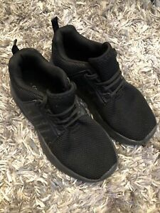 Black Trainers Size 1/33 Lace Up Excellent Condition