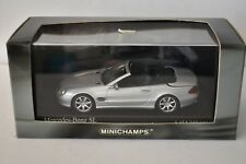 Minichamps - Mercedes-Benz SLWith Opering Roof 2001 Silver - 1/43  - 1 of 5040 p
