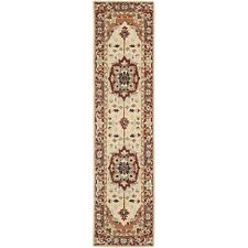 Safavieh Chelsea Heriz Red / Ivory Wool Runner 2' 6 x 12'