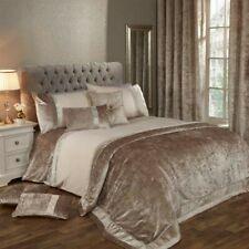 Julian Charles King Siz Elegance Lia Natural Luxury Embellished Duvet Set/Cover