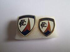 lotto 2 pins lot CHESTERFIELD FC club spilla football calcio badge spille