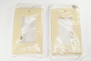 Lot of 2 80401-I Leviton 1 Gang Smooth Plastic Decora Wallplate Faceplate Ivory