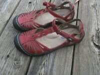 JBU by Jambu Wildflower Women's Memory Foam Sandals - Red size 6, GUC