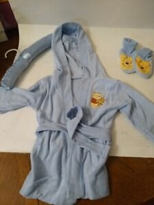 Vintage Winnie The Pooh Robe And Slippers from baby Disney blue in color