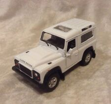 """4.25"""" Welly Land Rover Defender Diecast Toy Car White 42392"""