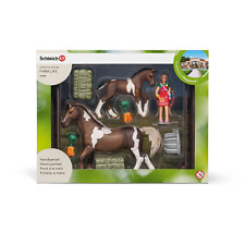 Schleich 21049 Horse Feeding Playset* New