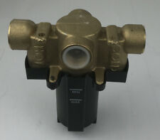 Water Pressure Reducing Brass 34 Fpt Valvehot Amp Cold Inletsmountable Manifold