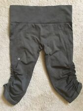 Lululemon crop Pant II Dark Olive Army Green Size 6 Yoga Pants Tights