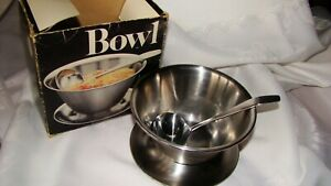 LEONARD Round Stainless Steel Gravy Boat Sauce Bowl with Ladle Vintage 1983
