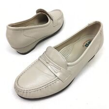 SAS Easier Ladies Shoes Sz 9 W Leather Beige Loafers Dress Work Comfort MocToe