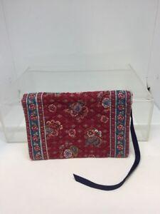Vera Bradley Designs Womens Hand Bag - Indiana - Retro Look Authentic Clutch