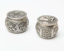 CINA INDOCHINA Due scatole in argento repoussé Inizio '900 - Signed Da Fu
