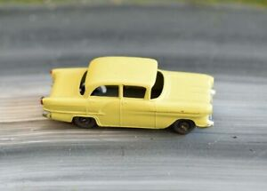 Matchbox Lesney - Vauxhall Victor F-Series - No.45 - Boxed