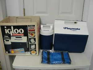 Vintage Blue/White Playmate Igloo Cooler/Lunchbox With Thermos Tray & Pouch NIB