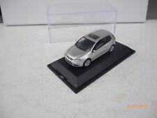 SCHUCO   VW Golf   Model 2004  1:43  Silver Grey NM BOX