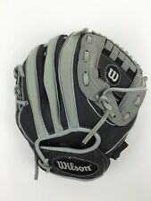 Wilson A200 Youth T-Ball Glove for Right Hand Throw Preowned