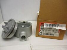 """cooper  Conduit Outlet Boxes 1/2"""" Threaded - Box of 1"""
